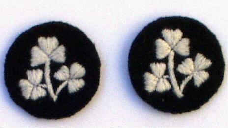 Pair shamrock sleeve insignia