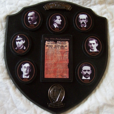 1916 rising plaque