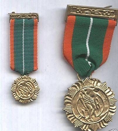 MINITURE IRISH 1916 Rising Survivors Medal
